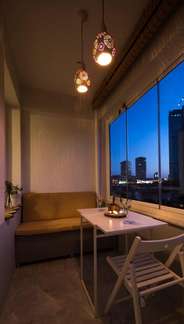 small-balcony-020117-1148-09