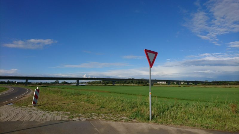 De nieuwe IJsselbrug, tijdens mijn fietstocht op vrijdag zomer