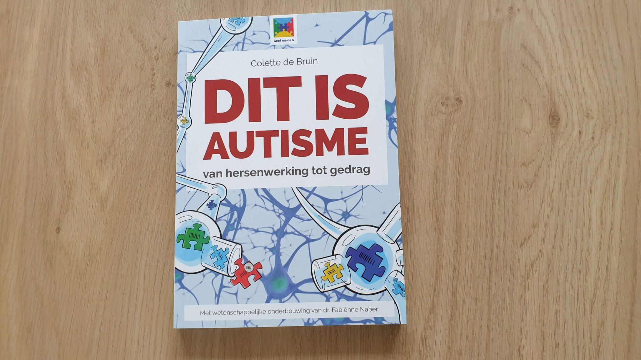 Dit is autisme de voorkant van het boek.