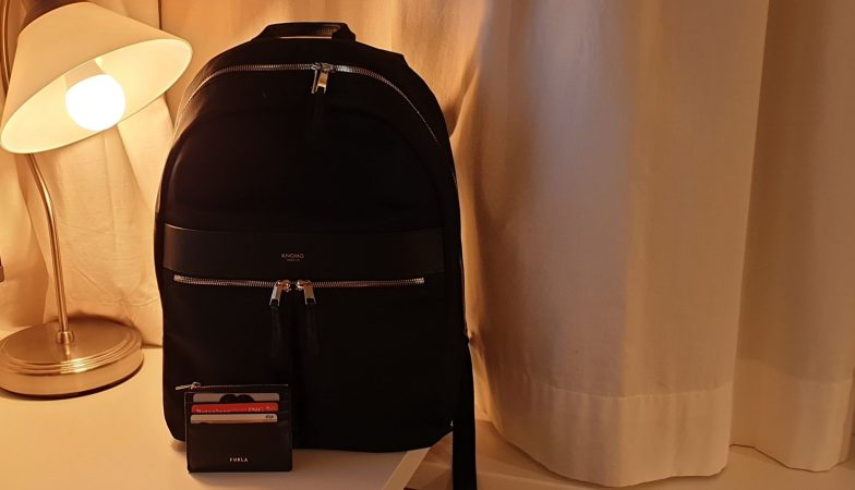 Mijn nieuwe rugzak van Knomo en mijn portemonnee van Furla