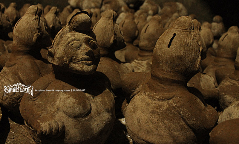industri-kerajinan Celengan-Cetakan-keramik-Mayong-Jepara,-Rumah-kartini
