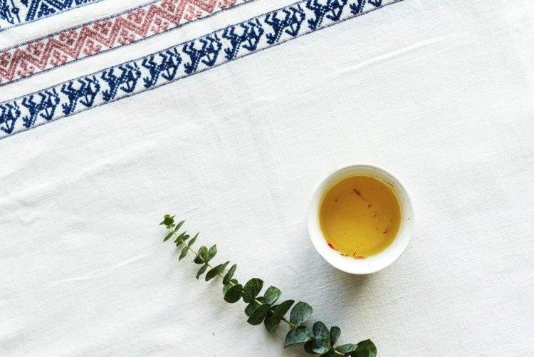 cara konsumsi bunga saffron teh saffron, manfaat bunga saffron untuk kesehatan, rumah saffron