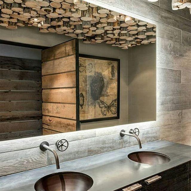 Ide plafon unik dan kamar mandi rustic