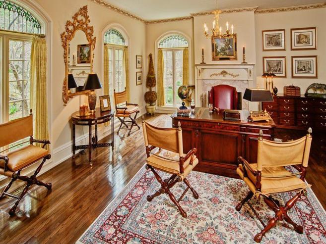Wisconsin's Ellison Bay Manor, Michigan