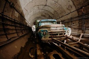 Subway Tunnel, Kiev, Ukraine (4)
