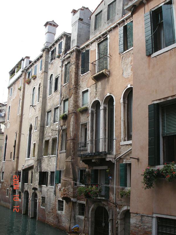 Italian Chimneys