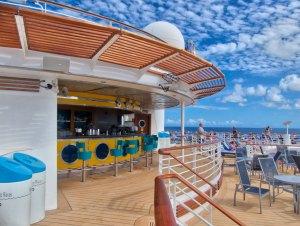 Rum Cruise - The upper deck rum bar