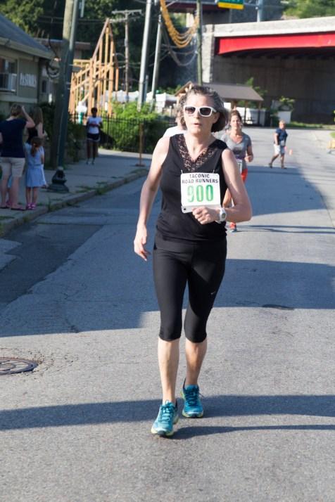 091 - Peekskill Mile 2016 - IMG_7834