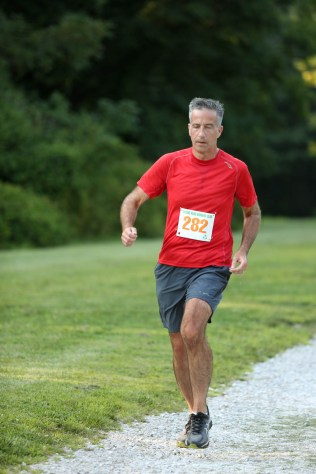 019 - Guess Your Time 2.5 Miler 2017 Photo by Jack Brennan - (IMGL0571)