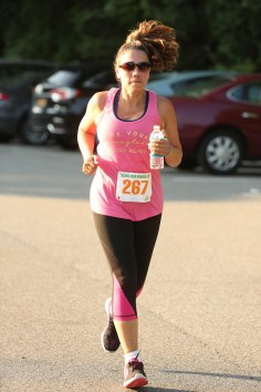 036 - Guess Your Time 2.5 Miler 2017 Photo by Jack Brennan - (IMGL0623)