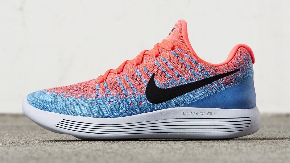 Zapatilla para correr Nike LunarEpic Flyknit 2 2017 Color azul y carmesí