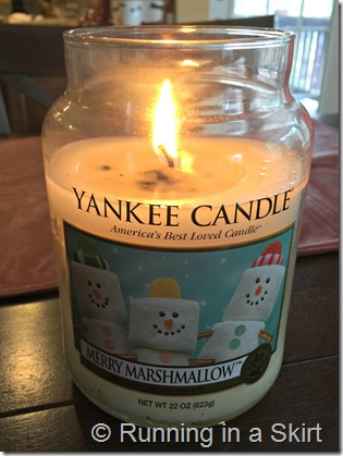 Merry-Marshmallow Candle edit