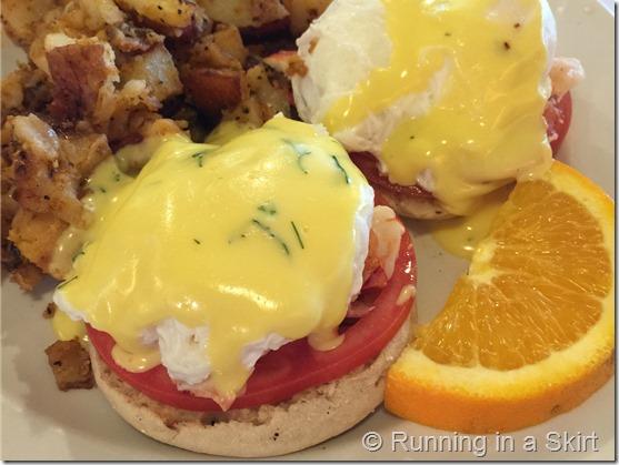 toast eggs benedict