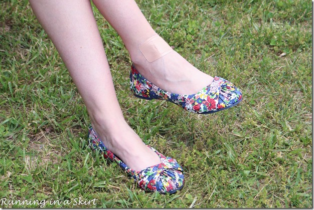 Add floral shoes to your spring an summer wardobe! / Running in a Skirt