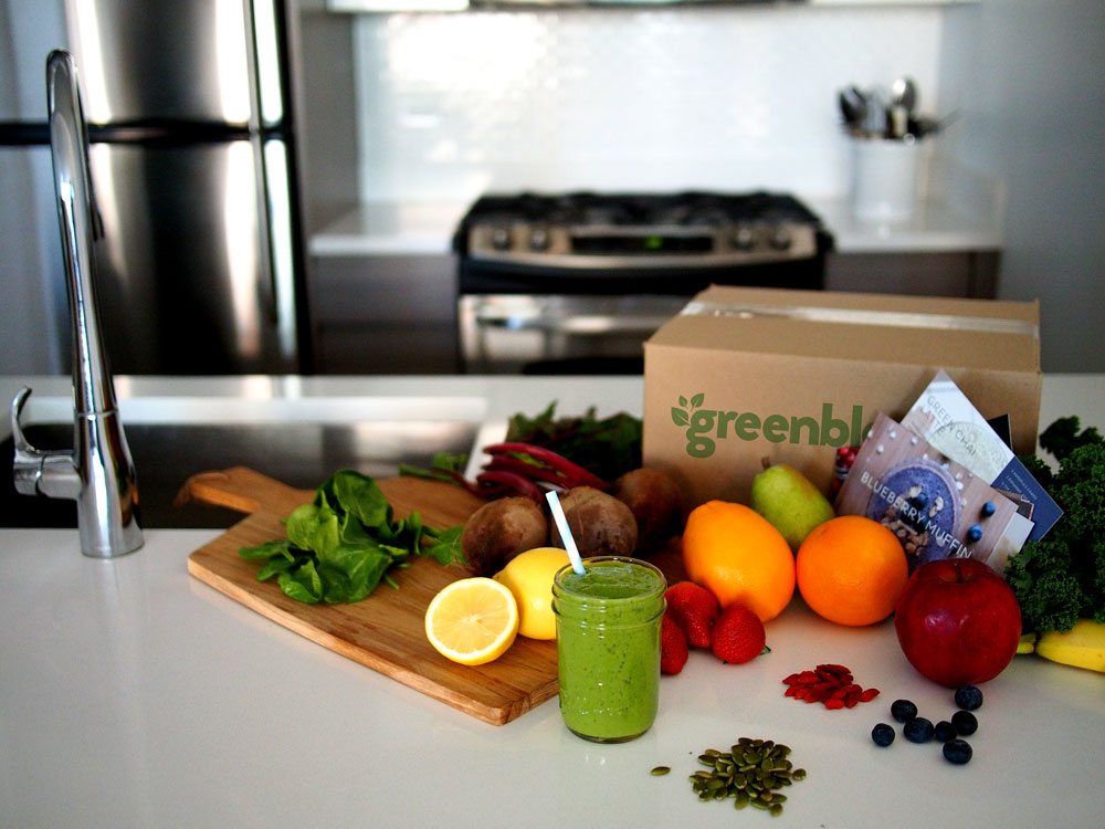 Amazing smoothie ingredients and recipes delivered to your door with Green Blender! Find out how it works on Running in a Skirt or GreenBlender.com