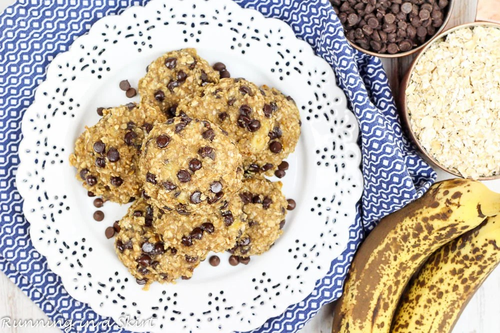 Healthy Banana Oatmeal Chocolate Chip Cookies, healthy, vegan and clean eating