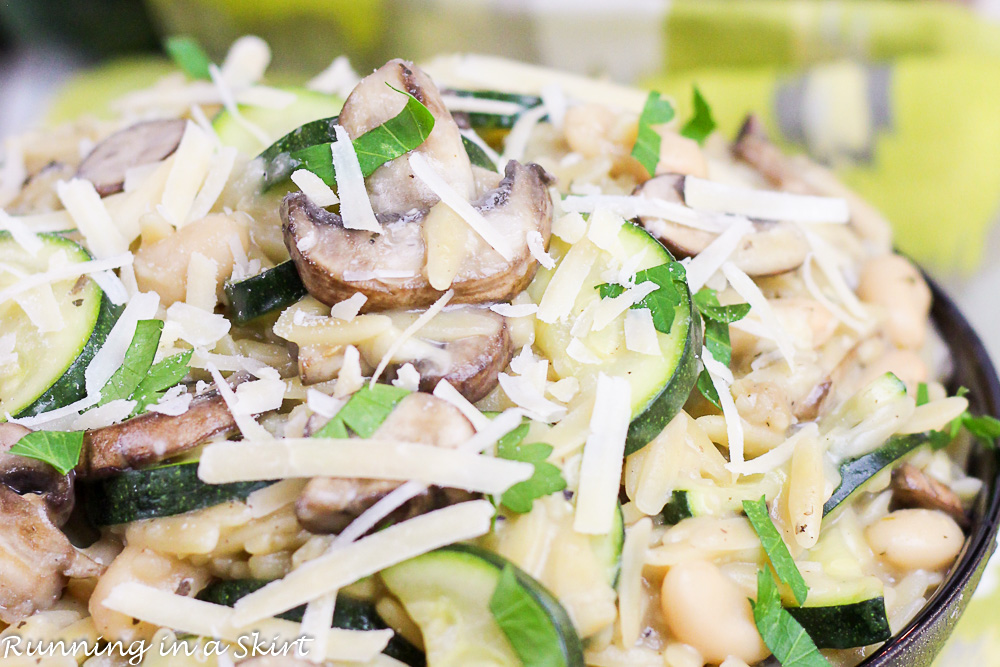 15 Minute One Pot Mushroom Orzo- healthy, easy and hearty vegetarian meal./ Running in a Skirt