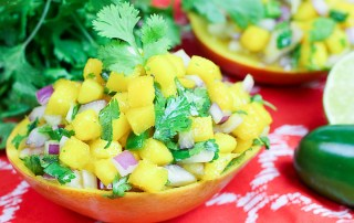 5 Ingredient Fresh Mango Salsa in mango cups / Running in a Skirt