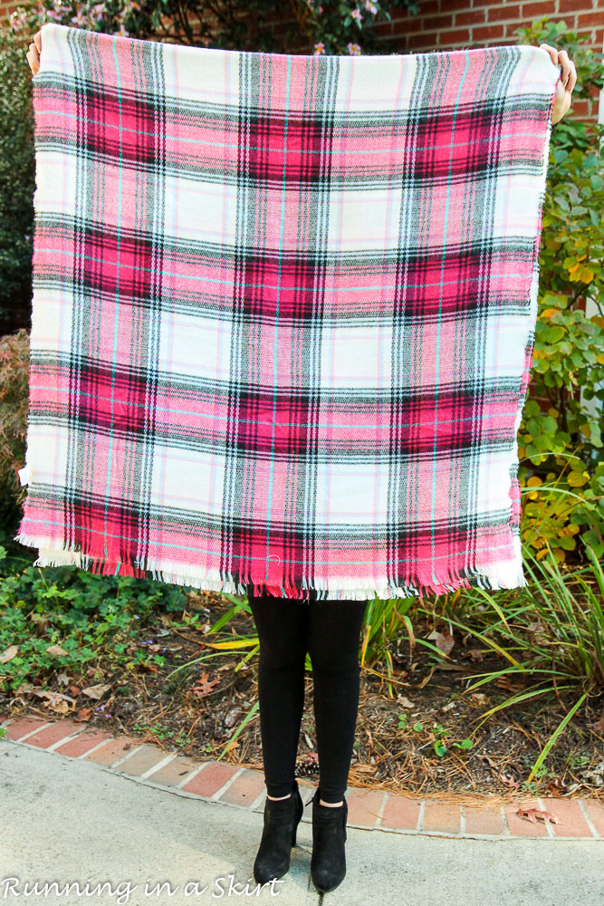 Ways To Tie A Blanket Scarf Running In A Skirt