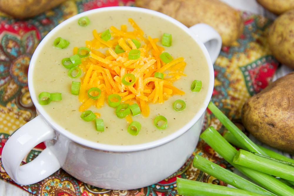 Crock Pot Vegetarian Potato Soup recipe / Running in a Skirt