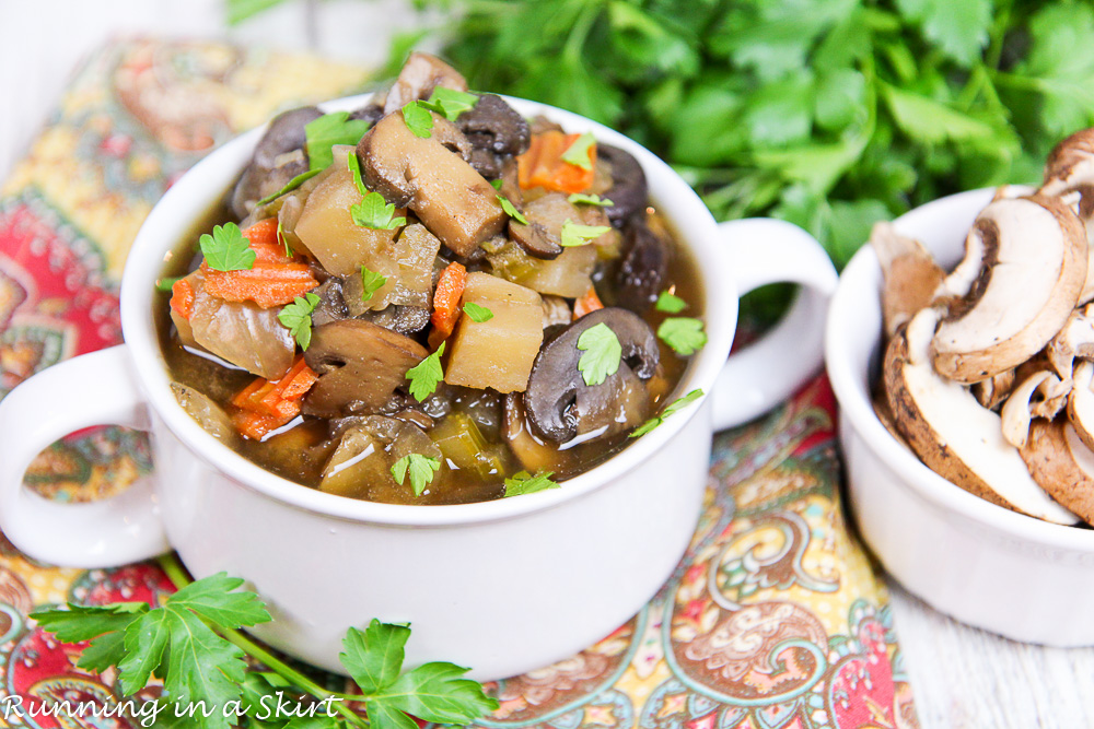 Healthy Vegetarian Crock Pot Mushroom Soup/ Running in a Skirt