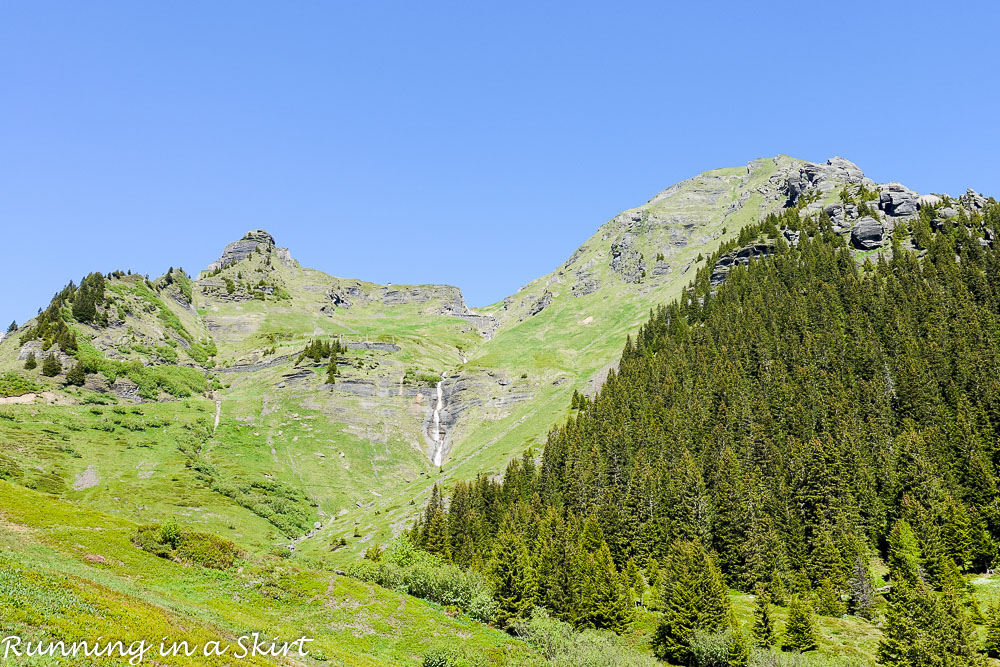 Why Murren is one of the most beautiful places in Switzerland / Running in a Skirt