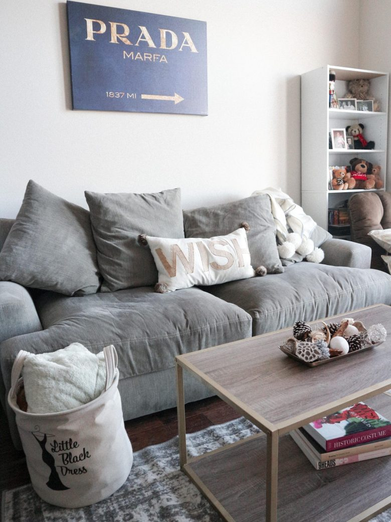 How to decorate an apartment for Christmas featured by top us fashion and lifestyle blogger, Running in Heels: Easy Ways to Decorate Your Small Apartment for Cozy living room decor