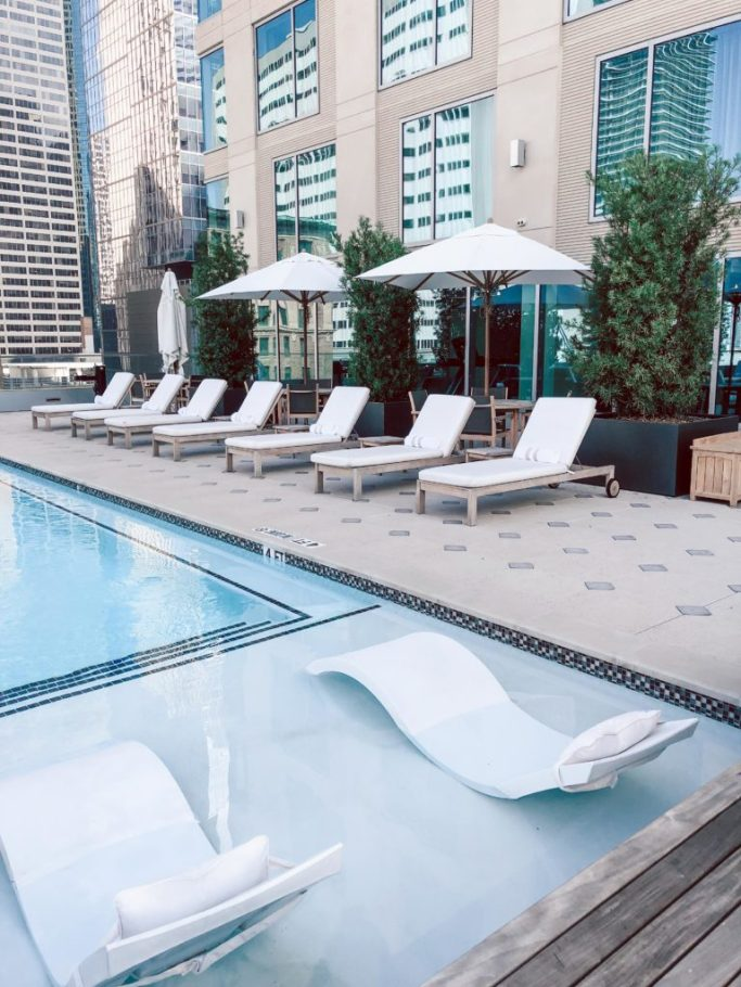 Where to stay in Houston: Hotel Alessandra rooftop pool
