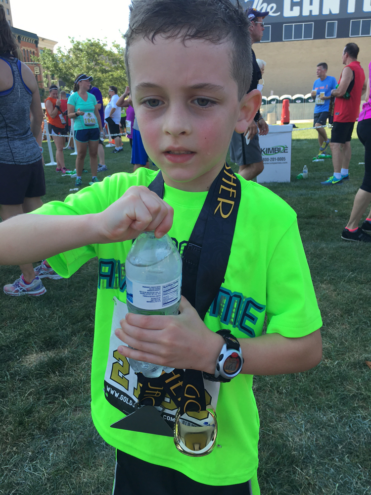 Gold Jacket 5K Review and Recap | Running on Happy