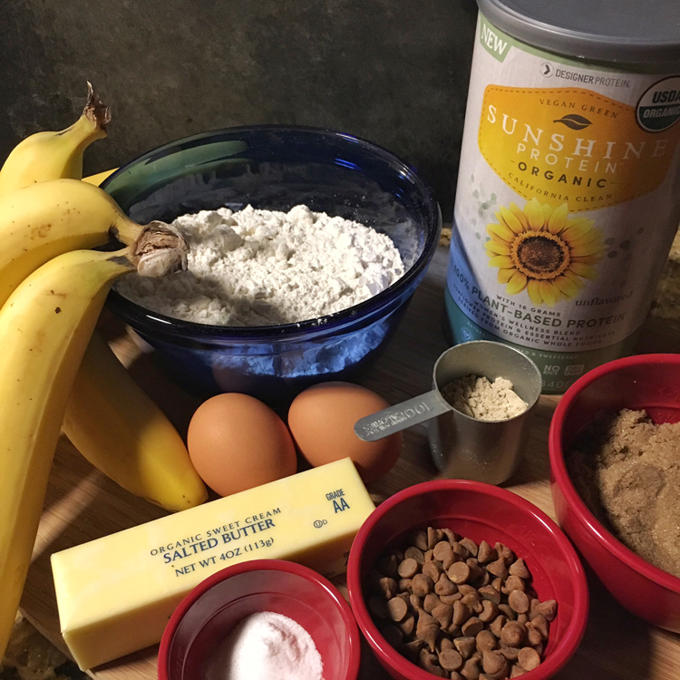 Protein Boosted Cinnamon Banana Bread | Meatless Monday | Running on Happy