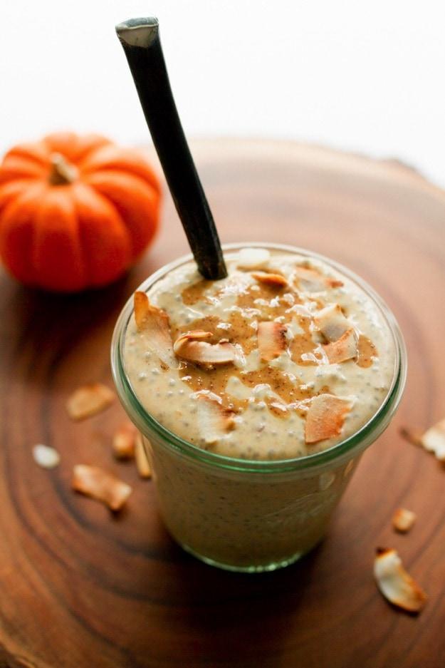 15 Amazing Vegan Chia Seed Pudding Recipes