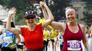 Cancer Survivor Keeps On Running