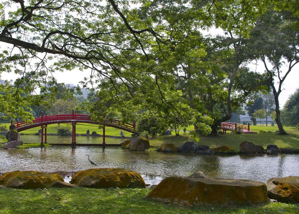 5 Breath-Taking Waterside Runs in Singapore