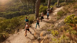 7 Life-Changing Reasons to Stop Running on Hard Surfaces and Become a Trail Runner