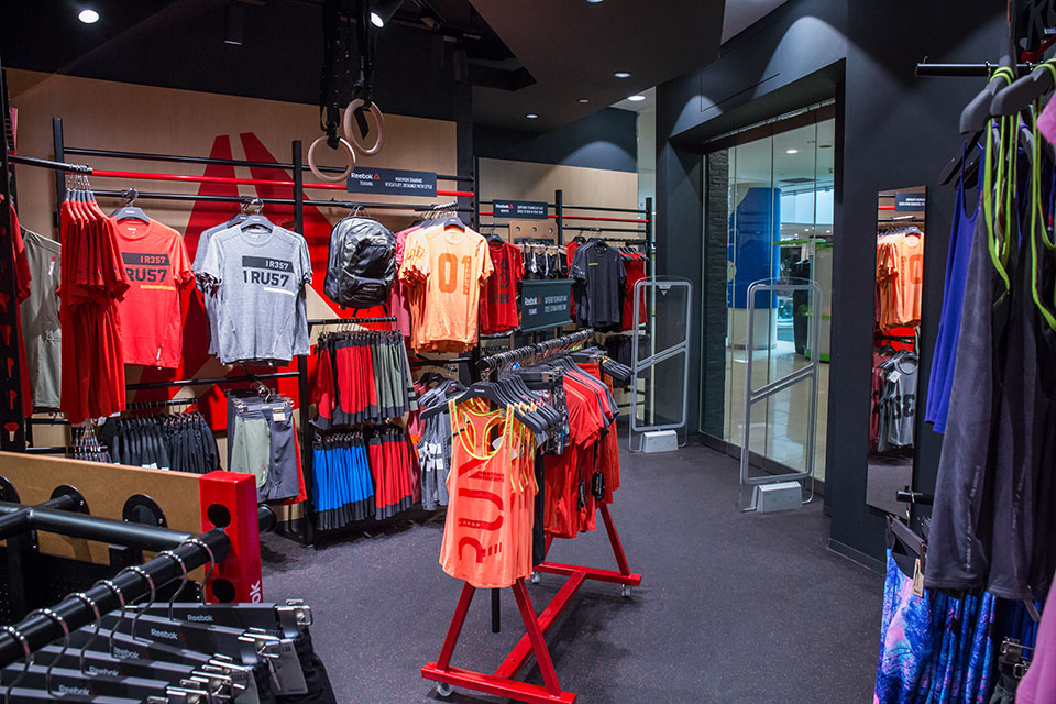 Big Rewards Await You at Royal Sporting House's New VivoCity Store!