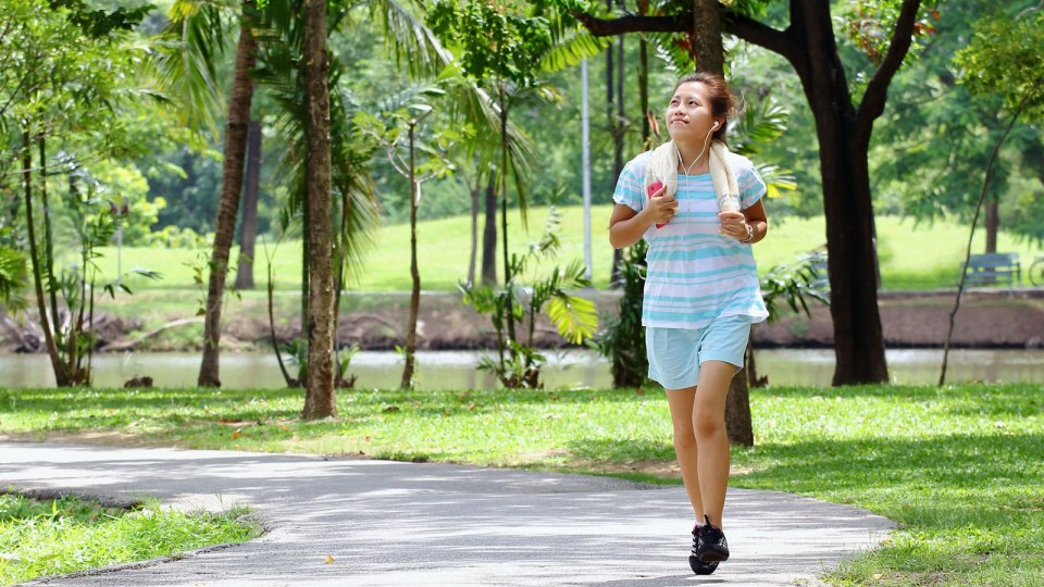 Ladies, How Safe Do You Feel When You Run Alone in Singapore?