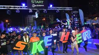 Skechers Blacklight Run Thailand Welcomed 4,000 Glow Runners in Bangkok