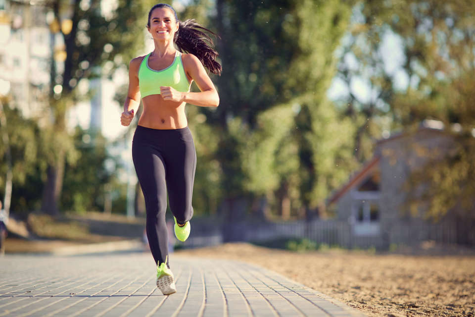 How to Run Easily With Flat Feet or High Arches