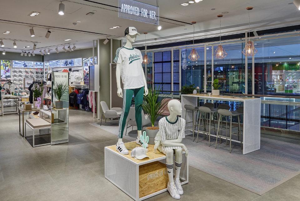 Foot Locker Opens in Jewel Changi Airport
