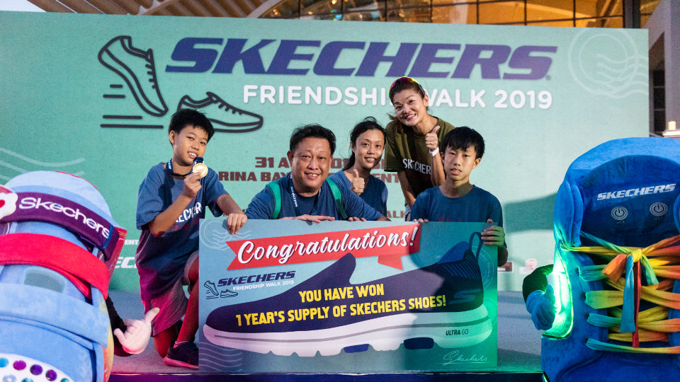 3,000 People Took A Stroll Down At SKECHERS Friendship Walk