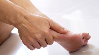 The Plantar Fasciitis Exercise Routine to Relieve Foot Pain