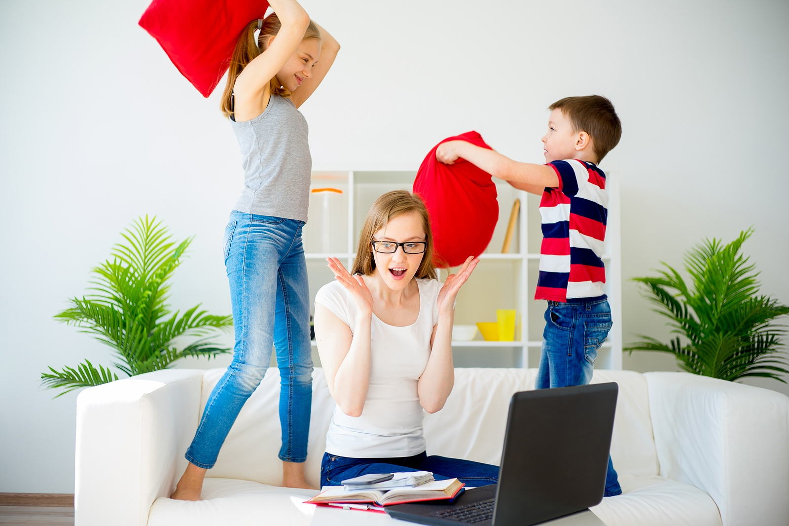 4 Best Ways Stay-At-Home Moms Can Beat Stress