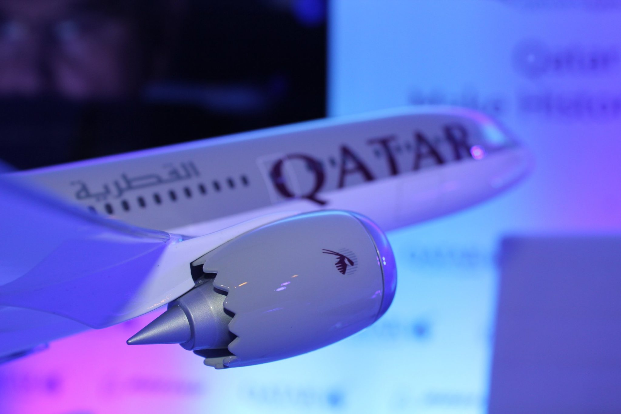 Qatar Airways to buy 100 Boeing planes for up to $18.6 bn
