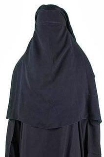 حقيقة قصة المرأة السعودية التي تطلب الزواج و مجلة رؤى السعودية 15