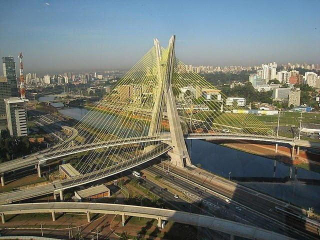 جسر أوكتافيو فرياس