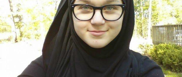 فتاة عمرها 14 عاما تحكي قصة اسلامها تقول: الاسلام أنقذ حياتي 8