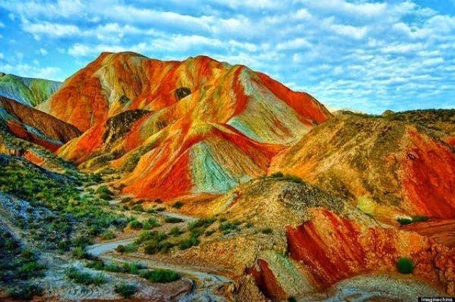 جبال قوس قزح بالصين و جمال طبيعي خلاب 5