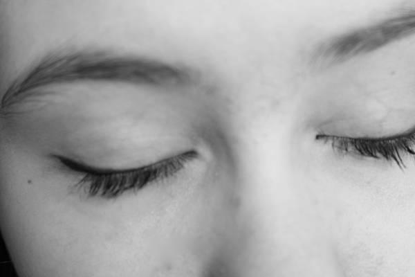 رفة جفن العين