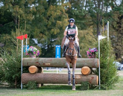 Rupert Gibson Photography -Pippa Funnell riding Billy Walk On low res12