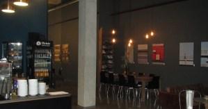 Ausgeschenkt: Kaffee und Kunst im Doppelpack